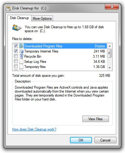 How to safely delete temporary files in windows 10.