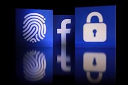 """""""Facebook"""" duomenų nutekėjimas"""